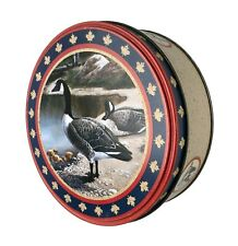 Vintgae Round Tin Canada Goose Geese Pair with Goslings 7.25 x 2.5""