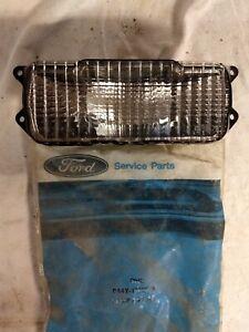 For 1979-1982 Ford Econoline Van Front Parking Signal Light Driver/Passenger