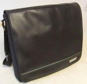 Genuine Bose SoundDock Portable Shoulder Messenger Bag - Good Condition