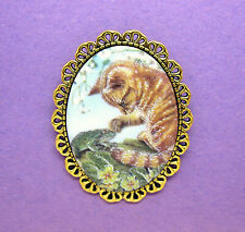 Cute Yellow Tabby Cat Kitten & Frog Porcelain Cameo Goldtone Pin Brooch for Gift