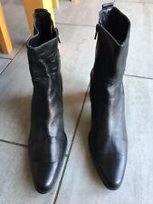 Ladies Black Heeled Ankle Boots Size 8. Good Condition.