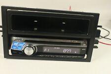 ALPINE CDE-9843, car-AM/FM radio/ CD,MP3 player.. (ref C 159)