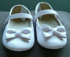 Janie and Jack Tan Baby Girl Summer Shoes Sandals with Bows Size 4