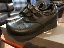 NIB P.W. MINOR Extra Depth BLACK Orthopedic VELCRO Occupational Shoe Size 7.5 B