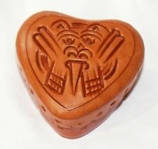 Peru Leder Dose hellbraun: Herz, Inka Maya Maske, Schmuck Schachtel Ritual Liebe