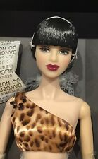 Fashion Royalty Addicted Close-up Luchia Z. NRFB Integrity Toys Style du Jour