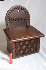 Ancienne et grande boite à gros sel farine en bois sculpté ref 520