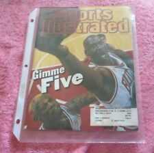 Sports Illustrated Chicago Bulls Michael Jordan Gimme Five