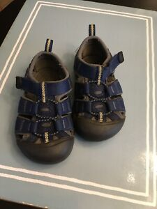 KEEN Water Shoes Sandals Toddler Size 6