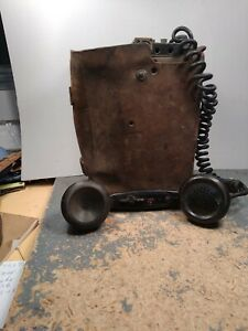 WWII Vintage US Army Signal Corps Field Telephone EE-8-A with leather case