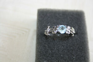 Ring 925er Silber mit Zirkoniasteinen 19,7mm *sehr romantisch und zart*