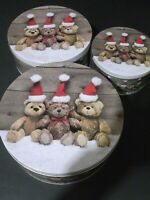 VINTAGE SET OF THREE CHRISTMAS STACKING TINS WITH BEAR FROM MELINERA GERMANY !!