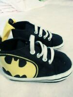 Soft Sole Baby Boy Black Batman Crib Shoes Sneakers Size 4. 6-9 months. NICE SEE