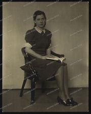 Foto-Stuttgart-Portrait-Frau-Cute-German-Woman-Kleid-Dress-um 1930