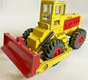Dinky Toys Michigan Tractor Dozer