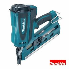 Makita GN900SE First Fix Gas Nailer 7.2-Volt with 2 Batteries