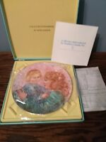 Royal Doulton 'Kathleen and Child' Collector's Plate, Free Shipping!