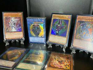 Yu-Gi-Oh! Sealed Deck with 5 Holos (Dark Magician, Dark Magician Girl) & More!!