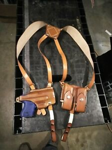 Glock 26 shoulder holster with double magazine