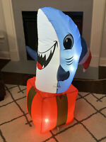 Gemmy Airblown Inflatable Shark In Present With Santa Hat Christmas Yard Decor