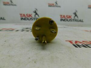 15A 250V Yellow Plug Lot of 2