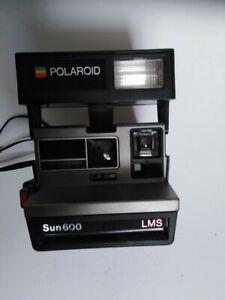 POLAROID 600 camera instant developing collectable retro antique historic