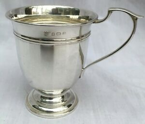1933 SOLID STERLING SILVER FLUTED CUP ART DECO BIRTH CHRISTENING GIFT 52 grams