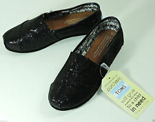 TOMS Glitter Classic Slip-On Shoe Size 2