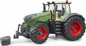 Bruder Fendt 1050 Vario Tractor 1:16 scale 04040