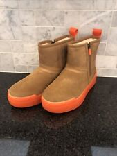 Women's UGG CLASSIC TECH MINI Chestnut  Boots- size 6- #1116101