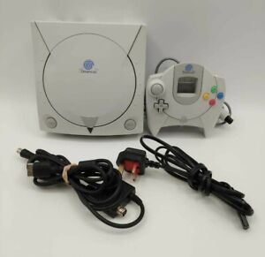 Sega Dreamcast Video Game Console PAL TESTED COMPLETE