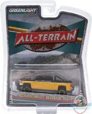 1:64 All Terrain Series 2 2015 Chevy Silverado 1500 Greenlight