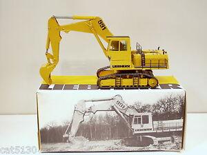 Liebherr 991 Excavator - 1/50 - Conrad #2823 - MIB
