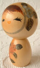 VINTAGE WOODEN KOKESHI DOLL - 10.5CM – HAND MADE/DECORATED IN JAPAN – PRETTY FAC