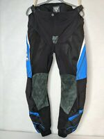 """Dainese Motorcycle Pants Size L. Leather Knees Adjustable Waist Padding 34""""x 38"""""""