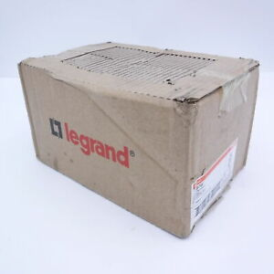 (Box of 10) Legrand Radiant White 15 A Decorator GFCI Outlet Self-Testing 1597W
