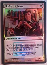 Mère des runes PREMIUM / FOIL FNM - Mother of Runes Promo - Magic mtg -