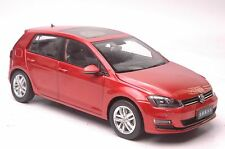 Volkswagen Golf 7 car model in scale 1:18 red