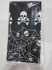 Skull & Cross Osso Black & White Pirate PARTY Tablecover