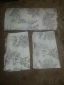 Duck Egg Butterfly King Size Duvet Cover + 2 Pillow Cases