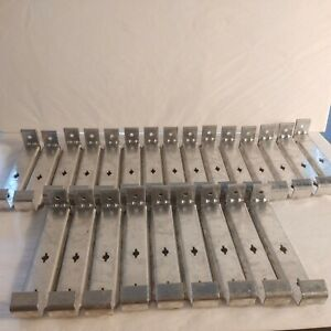 """6"""" Inch Hidden Aluminum Gutter Hanger-without Screw (Pk of 25) What Is Pictured"""