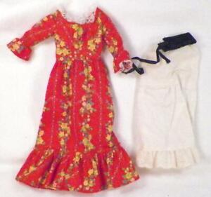 Barbie Doll Pleasantly Peasantly Mattel #3360 Dress Slip Belt Pilgrim Shoes 1972