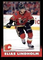 2020-21 UD O-Pee-Chee Retro Black Border 182 Elias Lindholm /100 Calgary Flames