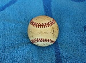 1985 Cincinnati Reds team autographed baseball 26 signatures