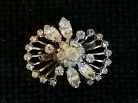 Vintage 1950s Clear Sparkly Glass Crystal Riveted Silver Tone Old Fan Pin Brooch
