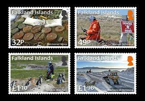 FALKLAND ISLANDS  2020  DEMINING PENGUINS   SET MNH