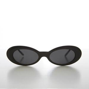 Black Narrow Oval Cat Eye 90s Vintage Sunglass - Leanne