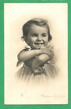 PRETTY YOUNG GIRL WITH LOVELY SMILE * VINTAGE KLUDER SCHEINE * FOTOCELERE*(8)