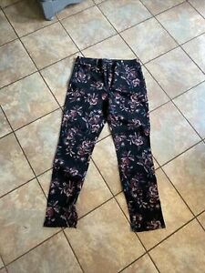 Bandolino stretch jeans floral nw/t size 12