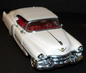 Franklin Mint Precision Diecast Model Car 1953 White CADILLAC 1:24